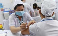 TP.HCM khẩn trương tiêm vắc xin COVID-19 đợt 2, trước ngày 15-5 phải xong