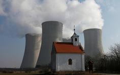 Czech trục xuất 18 nhà ngoại giao Nga