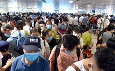 Kẹt cứng ở sân bay Tân Sơn Nhất: Tổ chức, điều hành quá kém!