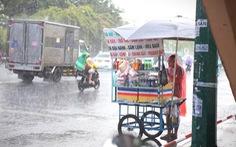 Siêu bão Surigae 'đánh vòng' ra Thái Bình Dương vẫn gây mưa cho miền Nam
