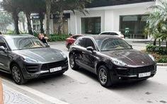 Cặp xe sang Porsche Macan trùng biển số 'chạm mặt' ở Hà Nội
