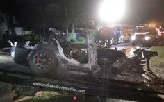 Tin tưởng xe tự lái Tesla, 2 người thiệt mạng