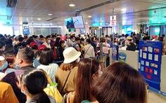 Kẹt cứng ở sân bay Tân Sơn Nhất: Sẽ tận dụng sảnh của Vietjet?