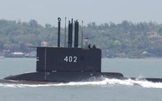 Chạy đua giải cứu tàu ngầm Indonesia