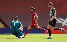 Liverpool đánh rơi chiến thắng ở phút 90+5