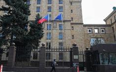 Nga đáp trả Czech, buộc cắt giảm gần 100 nhân viên ngoại giao