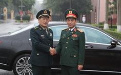 Thượng tướng Phan Văn Giang hội đàm với thượng tướng Trung Quốc Ngụy Phượng Hòa