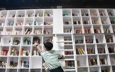 Trao giải sáng tác ảnh Tuổi xanh: Ngắm những khoảnh khắc tinh khôi cùng sách