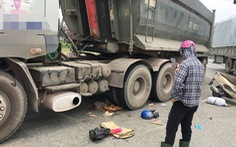 Xe tải cán chết hai mẹ con trên đường 'tử thần' ở Nghệ An