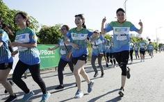 2.000 người chạy mừng ra mắt Phòng khám container miễn phí
