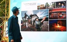 Triển lãm ảnh về lực lượng biên phòng tại phố đi bộ Nguyễn Huệ