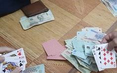 Đánh bài ăn tiền, phó chủ tịch xã bị đưa ra khỏi danh sách ứng cử HĐND