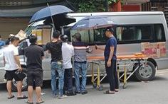 Tài xế đột tử trên ghế lái khi chuẩn bị đưa khách tham quan