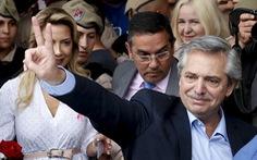 Tổng thống Argentina tiêm đủ vắc xin của Nga, vẫn dương tính với virus corona