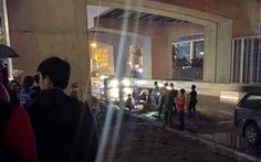 Nữ lao công đang quét đường bất ngờ bị 1 thanh niên dùng gạch đập đến chết