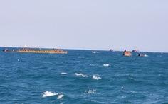 Hơn 3 năm sau bão, xác tàu bị đắm vẫn nằm ngay vùng biển cảng Quy Nhơn