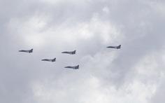 Đài Loan khẳng định có 15 máy bay Trung Quốc xâm nhập, Mỹ điều tàu qua eo biển Đài Loan