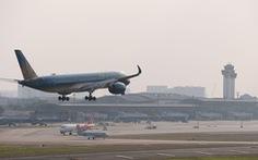 Đề xuất tăng giá trần, áp giá sàn vé máy bay: 'Vô lý và vi phạm luật cạnh tranh'