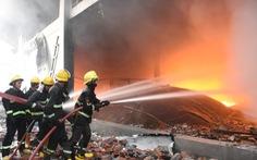 Nhiều vụ nổ lớn ở Myanmar, nhà máy may mặc của Trung Quốc nghi bị đốt