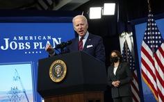 Ông Biden nói Trung Quốc muốn 'sở hữu thế giới' và Mỹ đang bị bỏ lại phía sau