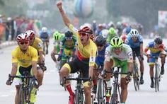Cuarơ Tây Ban Nha Javier Perez thắng vòng đua tốc độ ở Lạng Sơn
