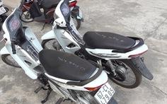 Đâm trọng thương bảo vệ để 'giải vây' cho đồng bọn trộm xe máy, cả hai cùng bị bắt