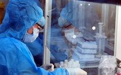 TP.HCM xét nghiệm COVID-19 khẩn cho nhân viên y tế, người bệnh và người nuôi bệnh