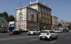 Nga: Mỹ 'không thân thiện' khi ngừng cấp visa cho người Nga