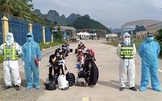 Tiếp nhận 40 công dân Việt Nam do Trung Quốc trao trả