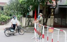 Thêm 2 ca COVID-19, hàng quán ăn uống ở TP Đông Hà chỉ được bán mang về