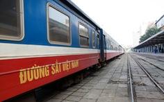 Khoảng 500 người từ các tỉnh phía Nam về Bắc Giang bằng tàu hỏa