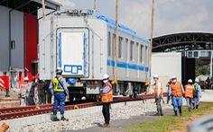 Thêm 3 toa tàu metro số 1 về depot Long Bình để chuẩn bị chạy thử nghiệm