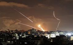 Israel không kích tan tành trụ sở chỉ huy Hamas