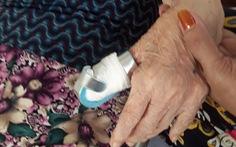 Phó giám đốc Bệnh viện Lê Văn Việt xin lỗi sau vụ 'đứt ngón tay bệnh nhân 80 tuổi'