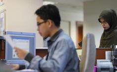 Cử nhân ở Malaysia đang thất nghiệp vì quá dư thừa?