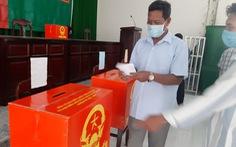 Bà con Khmer nô nức đi bầu từ sáng sớm