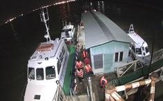 Chìm tàu cao tốc trên sông Nhà Bè, cứu được thuyền trưởng và 4 hành khách