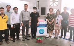 Sinh viên Bách khoa chế tạo máy đo thân nhiệt, nhắc đeo khẩu trang bằng giọng nói