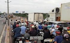 Tai nạn liên hoàn trên cầu, kẹt xe kéo dài từ Vĩnh Long qua Cần Thơ