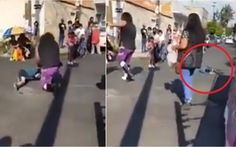 Đô vật bị cấm đấu vĩnh viễn vì quăng chú bé 5 tuổi trên đường sau trận đấu
