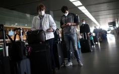 Bộ Ngoại giao cảnh báo cẩn trọng khi du lịch Mỹ để tiêm vắc xin COVID-19