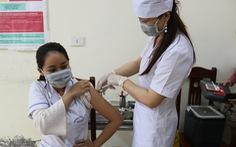 Sáng 30-5: Thêm 52 ca mắc COVID-19 mới, Bộ Y tế phân bổ thêm vắc xin cho vùng dịch