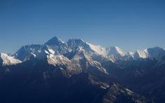 Người phụ nữ chinh phục đỉnh Everest nhanh nhất thế giới