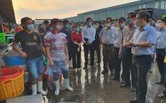 Đón 20.000 người khắp tỉnh thành mỗi ngày, nguy cơ lây dịch chợ Bình Điền rất cao