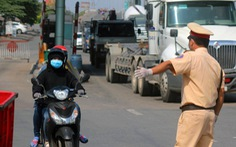 Xử phạt một ca nghi nhiễm COVID-19, 5 chiến sĩ CSGT Đồng Nai phải đi cách ly