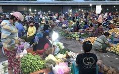 Chợ 'chồm hổm' lúc 0 giờ