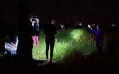 'Áo xanh' gặt lúa giúp dân vùng tâm dịch Bắc Giang