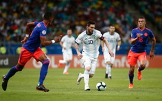 Sau Colombia, tới Argentina mất quyền đăng cai Copa America