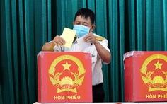 Cử tri hải quân, cảnh sát biển đi bầu cử sớm ở Vũng Tàu