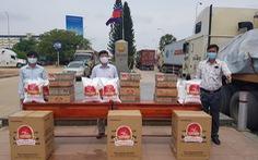 Giúp đỡ người gốc Việt, người Khmer tại Campuchia gặp khó khăn do COVID-19